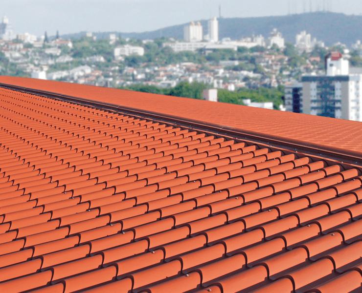 panel sandwich teja rojo terracota en tejado