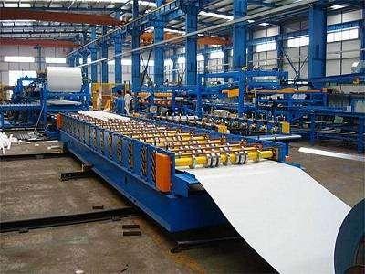 Elaboración de placas para la producción de Panel Sandwich