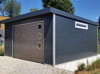 Garaje construido con Panel Sandwich